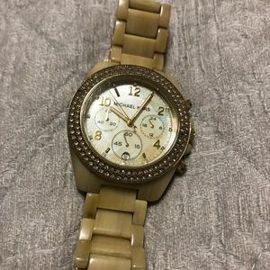 Michael Kors ivory-color watch in great condition!